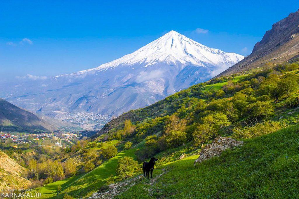 زیباترین روستاهای شمال ایران ، روستای نوا ، دشتی در میان کوه